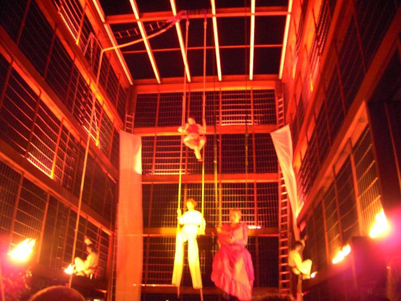 Rostocker Lichtklangnacht Artistenshow zur Lesung